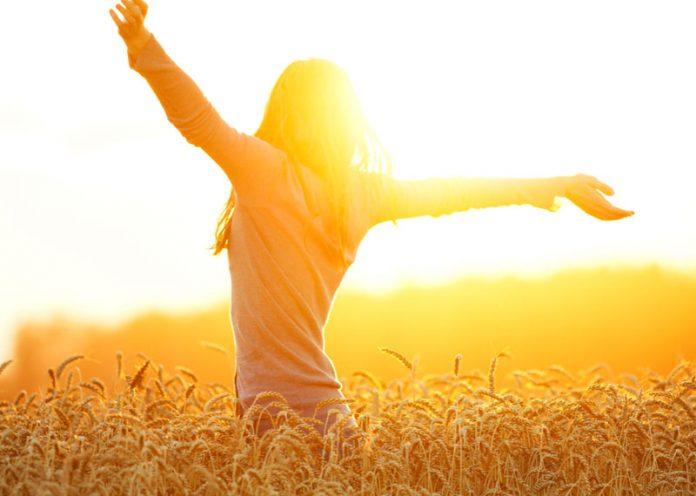 L'esposizione al sole è una fonte di vitamina D naturale
